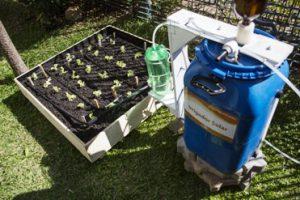 Universitários levam Irrigador Solar para áreas de preservação na região Norte do país