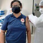 Profissionais da saúde podem procurar FESC e Estádio do Luizão para receber a 2ª dose da vacina contra a COVID